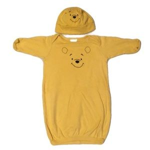 DISNEY POOH BEAR GOWN & HAT